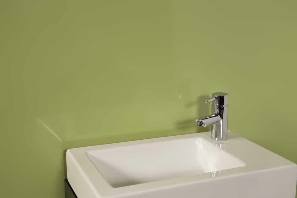 striking green 2 wall shower panel kit  igloo surfaces