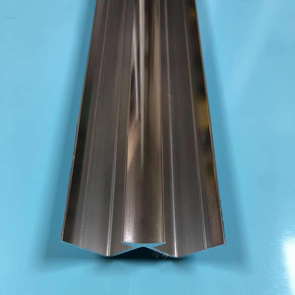 Internal-corner-aluminium-2