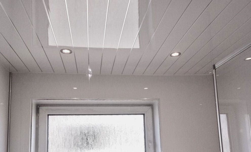 7 Benefits of PVC Ceiling Panels for Bathrooms