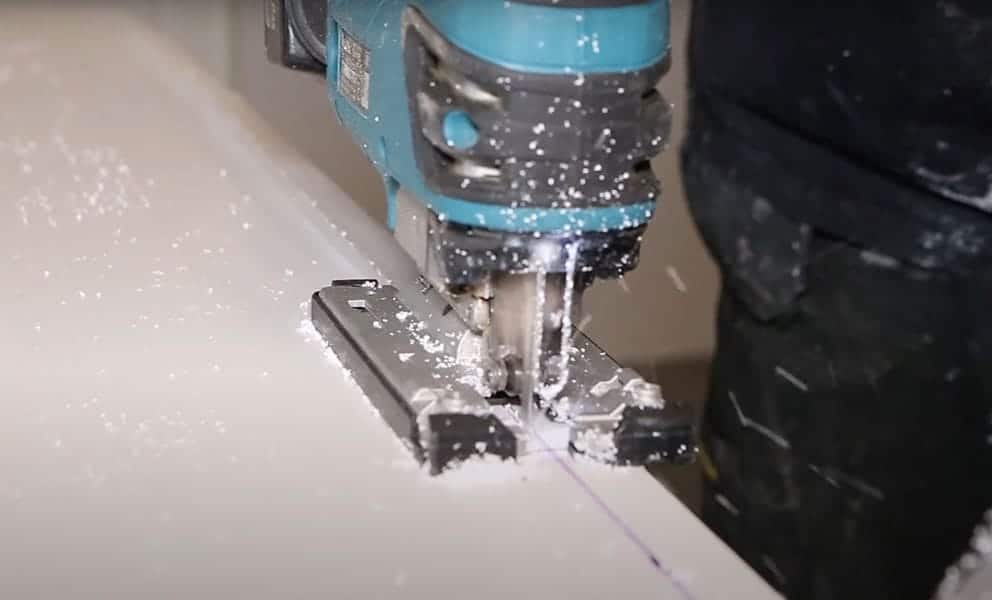 How to Cut Bathroom Wall Panels