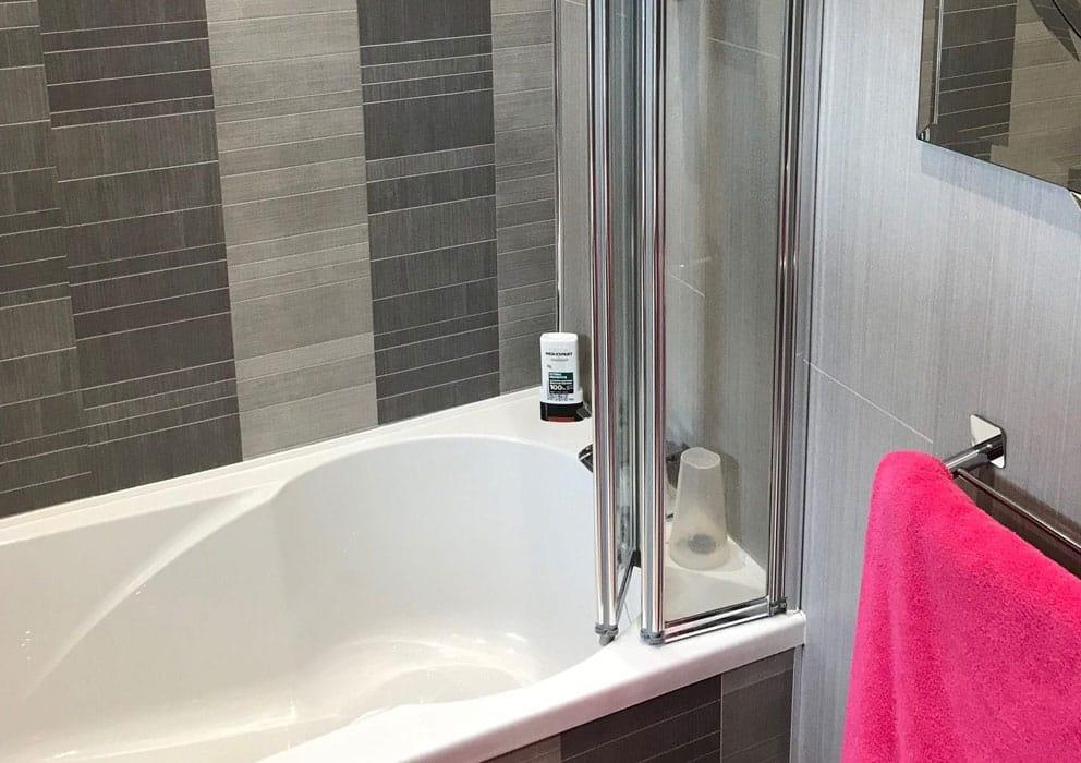 3 Reasons to Choose Tile Effect Bathroom Wall Panels